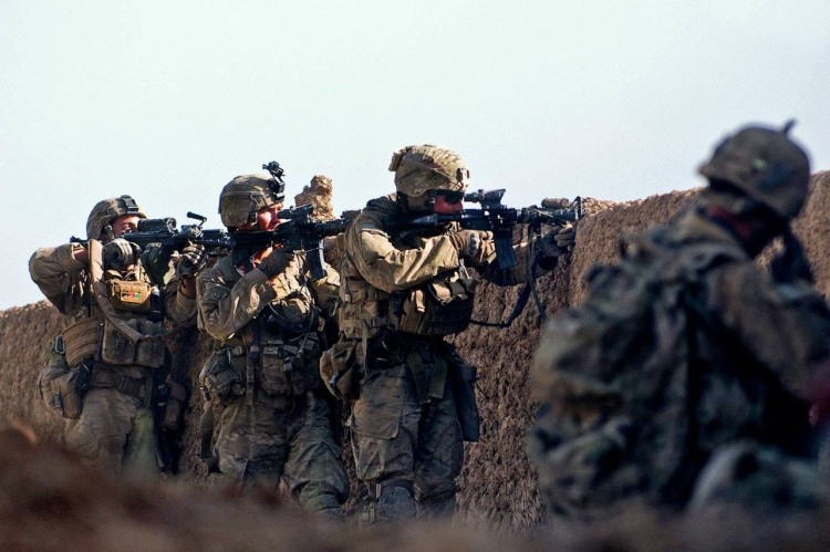 Detrás de la trinchera. Soldados mexicanos. YouTube